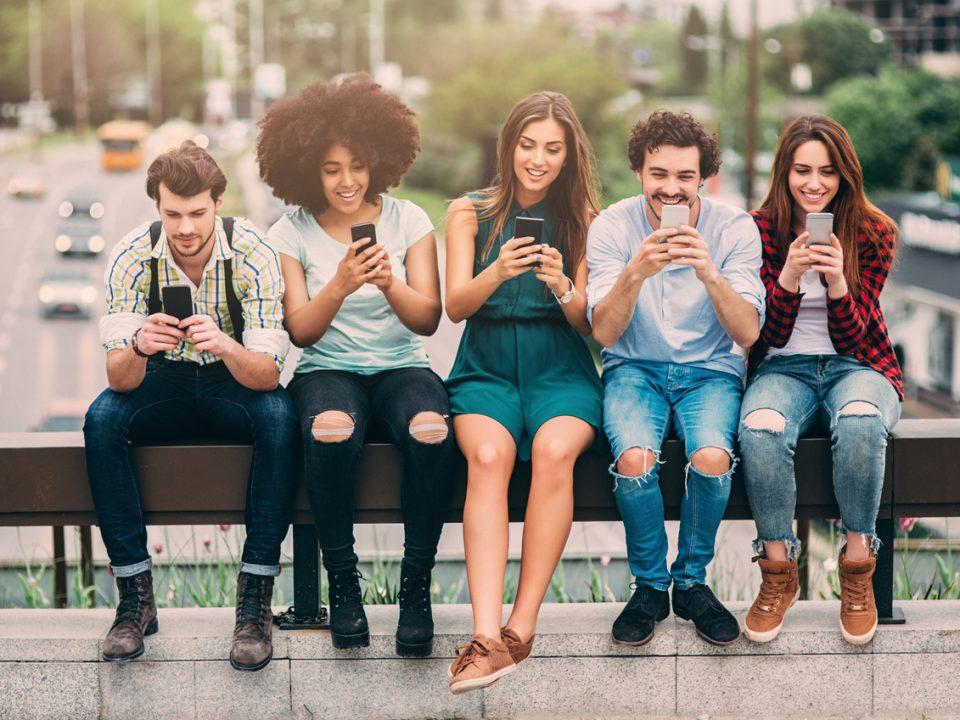 Las 20 palabras más usadas por los millennials y que han creado tendencia en los últimos años